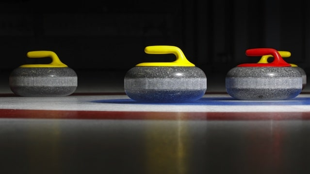 curling-rock